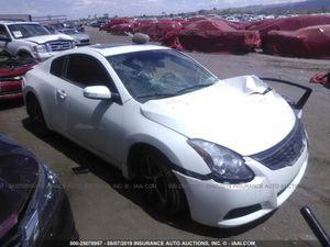 2013 Nissan Altima coupe for parts for Sale in Phoenix, AZ