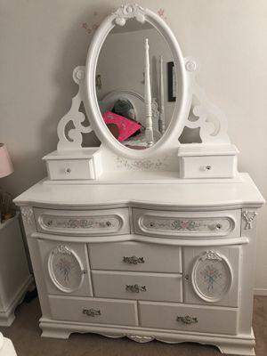 Girls bedroom set for Sale in Perris, CA