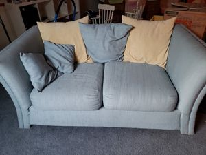 Free couch and pillows for Sale in OR, US