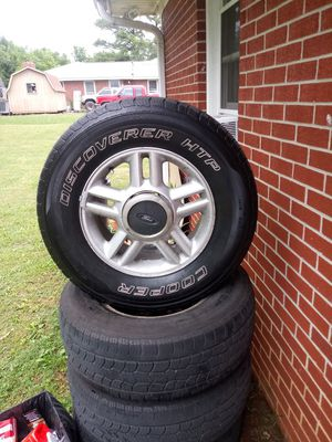 17 inch ford stock rims with good tires for Sale in Smyrna, TN