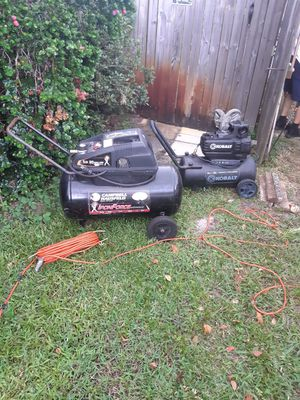 2 compressors both turn on and run won't hold air for Sale in New Port Richey, FL