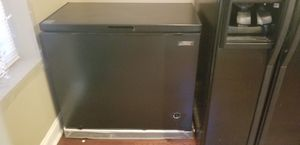 7 cubic foot chest freezer for Sale in Baltimore, MD