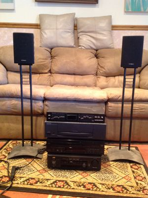 Component stereo system with speakers and subwoofer 150w for Sale in Stafford, VA