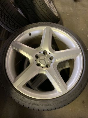 Mercedes CLS55 AMG wheels with new tires for Sale in Gambrills, MD