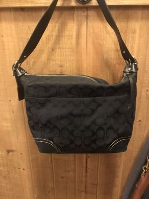 Coach Signature Soft Hobo Bag for Sale in Wayne, NJ