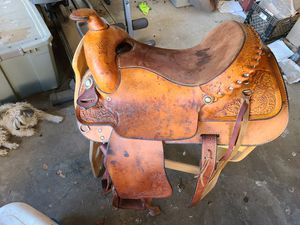 Tex Tan Western saddle for Sale in Sacramento, CA
