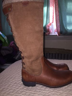 UGG WEATHERPROOF BOOTS for Sale in Bronx, NY