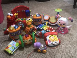 14 toys for Sale in Lancaster, OH