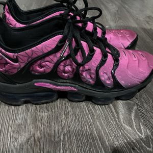 Air Max Vapor Plus Fuchsia Black for Sale in Lake Stevens, WA