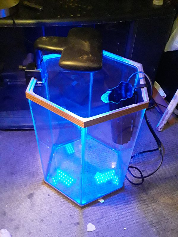 Hexagon Shaped Fish Tank with Filter and Blacklight
