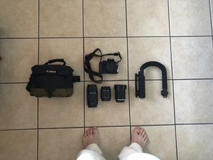 Canon EOS REBEL T5 EF-S 18-55 IS II Kit w/ Lenses - $500 (PHOENIX) for Sale in Phoenix, AZ