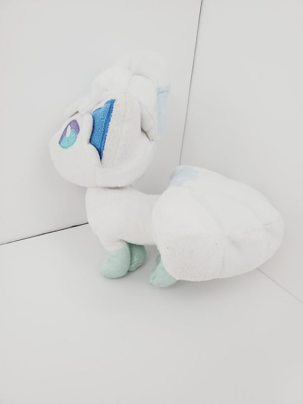 Pokemon Alolan Vulpix Plush Toy from Great Ball Tomy Stuffed WITHOUT BALL 9""