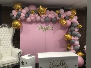 Customized balloon arrangement for any occasion for Sale in The Bronx, NY