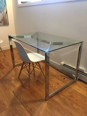 Cb2 Modern Glass Table/Desk for Sale in Brooklyn, NY