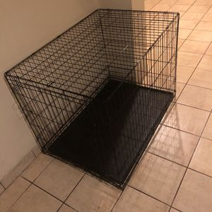 Xl Dog Crate for Sale in Capitol Heights, MD