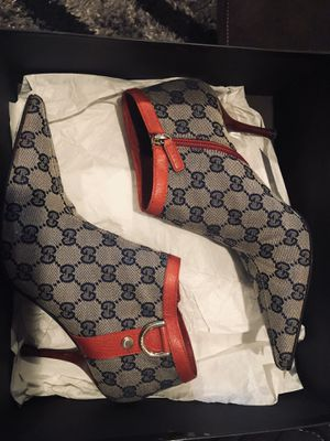 Authentic Gucci size 8B for Sale in Denver, CO