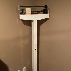 Weight Scale Capacity 350lbs for Sale in Schererville,  IN