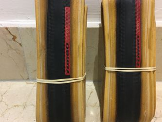 PAIR of TWO Specialized S-WORKS COTTON 700x 24mm Clincher Gumwall Road Tires for Sale in Miami,  FL