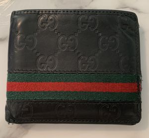 100% authentic Gucci wallet black for Sale in West Babylon, NY