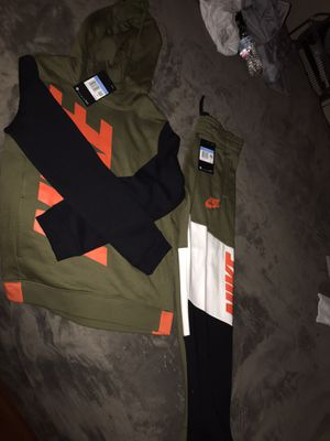 Nike boys medium for Sale in Stockton, CA