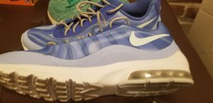 LADIES GIRLS WOMENS SIZE 11 NIKE ATHLETIC RUNNING CROSS TRAINER SHOES for Sale in Seattle, WA