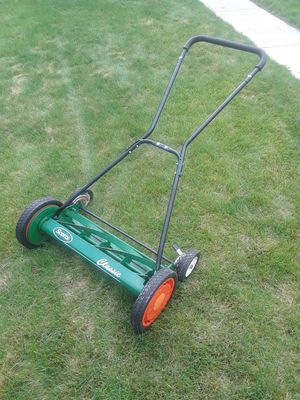 ~~~ SCOTT'S PUSH REEL LAWN MOWER ~~~ for Sale in Denver, CO