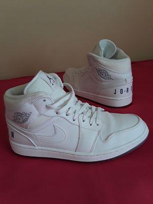 Nike Air Jordan 1 Retro White Concord Size 9 MEN & 10.5 WOMEN for Sale in Marietta, GA