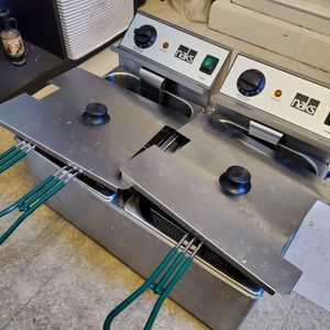 NAKS 30 LB UL LISTED COMMERCIAL COUNTERTOP DEEP FRYER for Sale in Los Angeles, CA