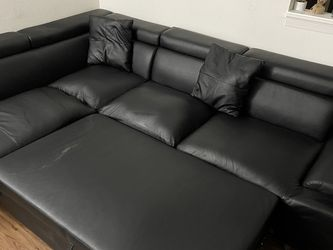 All Black Sofa Sectional for Sale in Austin,  TX