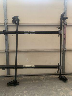 Yakima 2 bike roof rack for Sale in Fremont, CA