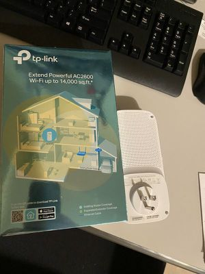 Tp Link Ac 2600 Wifi Extender for Sale in Sammamish, WA