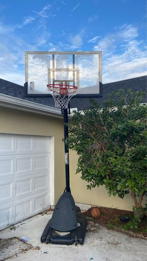 Spalding basketball hoop NEED GONE ASAP!!! for Sale in West Palm Beach, FL