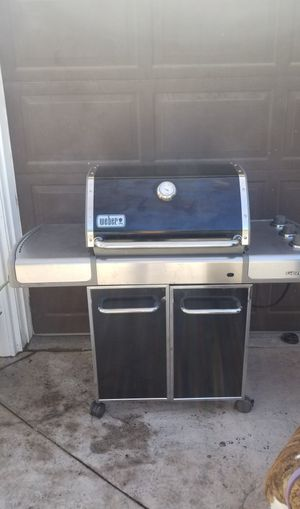 Weber Genesis BBQ Grill for Sale in Los Angeles, CA