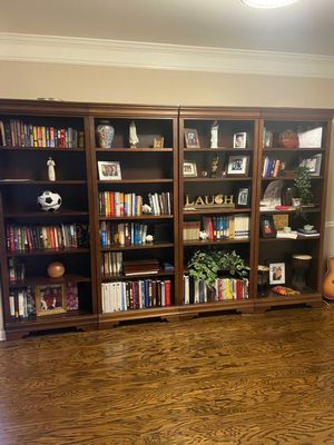 "Set of 4 Large 7' x 32"" wood bookshelves for Sale in Kennesaw, GA"
