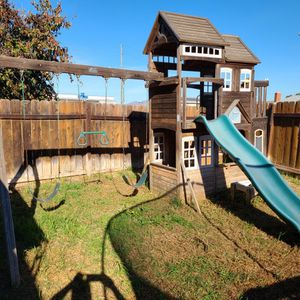 Swing Set Playground By Cedar Summit From Costco for Sale in San Diego, CA