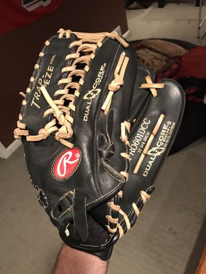 Rawlings Trap-Eze glove for Sale in Windham, NH