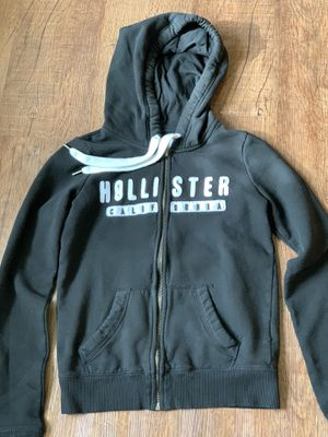 Hollister sweater for Sale in Lincoln, CA