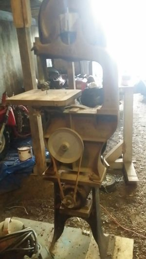 Vintage Delta Band Saw for Sale in La Center, WA