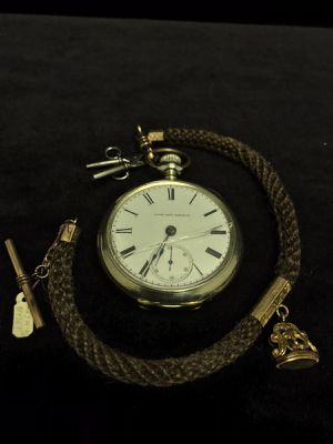Vintage Elgin Pocket Watch 15 Jewels with key set Cracked Glass ,Working #A30 for Sale in Ontario, CA
