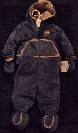 New 2 piece snowsuit-size 0-6 months for Sale in Portsmouth, VA