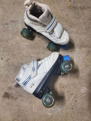 Sz 4 kids skates for Sale in Pearland, TX