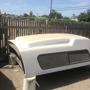 Camper 8 pies de largo ford f 150 2006 for Sale in Delano, CA