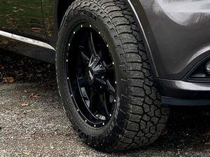 Rims & Tires Moto Metal 20×9s and 33 in Falken wildpeaks for Sale in Oneida, NY
