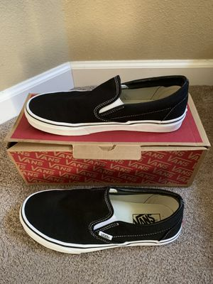 Classic slip-on Vans Black with White Soles (Like New) for Sale in Sherwood, OR