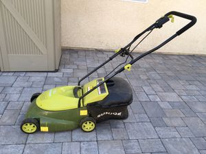 Sunjoe 14-inch 12-amp electric lawn mower for Sale in San Diego, CA