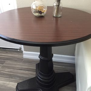 Side Table for Sale in Chula Vista, CA