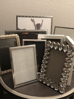 Frame Pictures Lot for Sale in Auburn,  WA