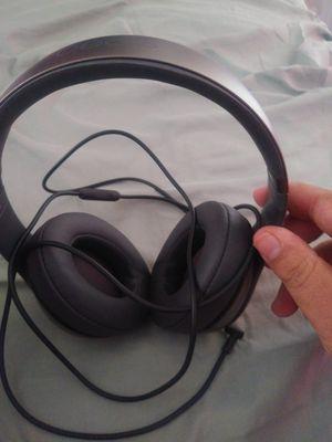 Brand new Beats Solo 2 headphones for Sale in Fresno, CA