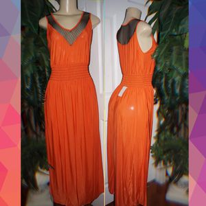 Orange maxi dress size Medium New with tags for Sale in Glendale, AZ
