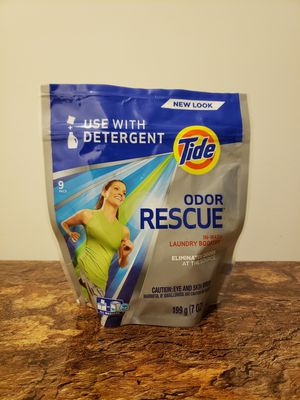 👕👖Tide Laundry Boosters (2 for $5) for Sale in Cumberland, IN